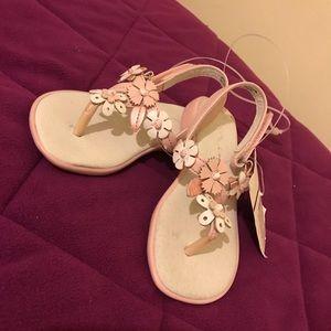 Nina Kids Pink & White Flower Sandals. Size 9M.